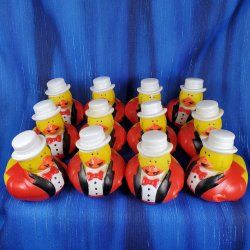 12 Ring Leader Carnival Rubber Ducks