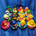 Fun Pack! 16 Super Hero and Villain Rubber Ducks